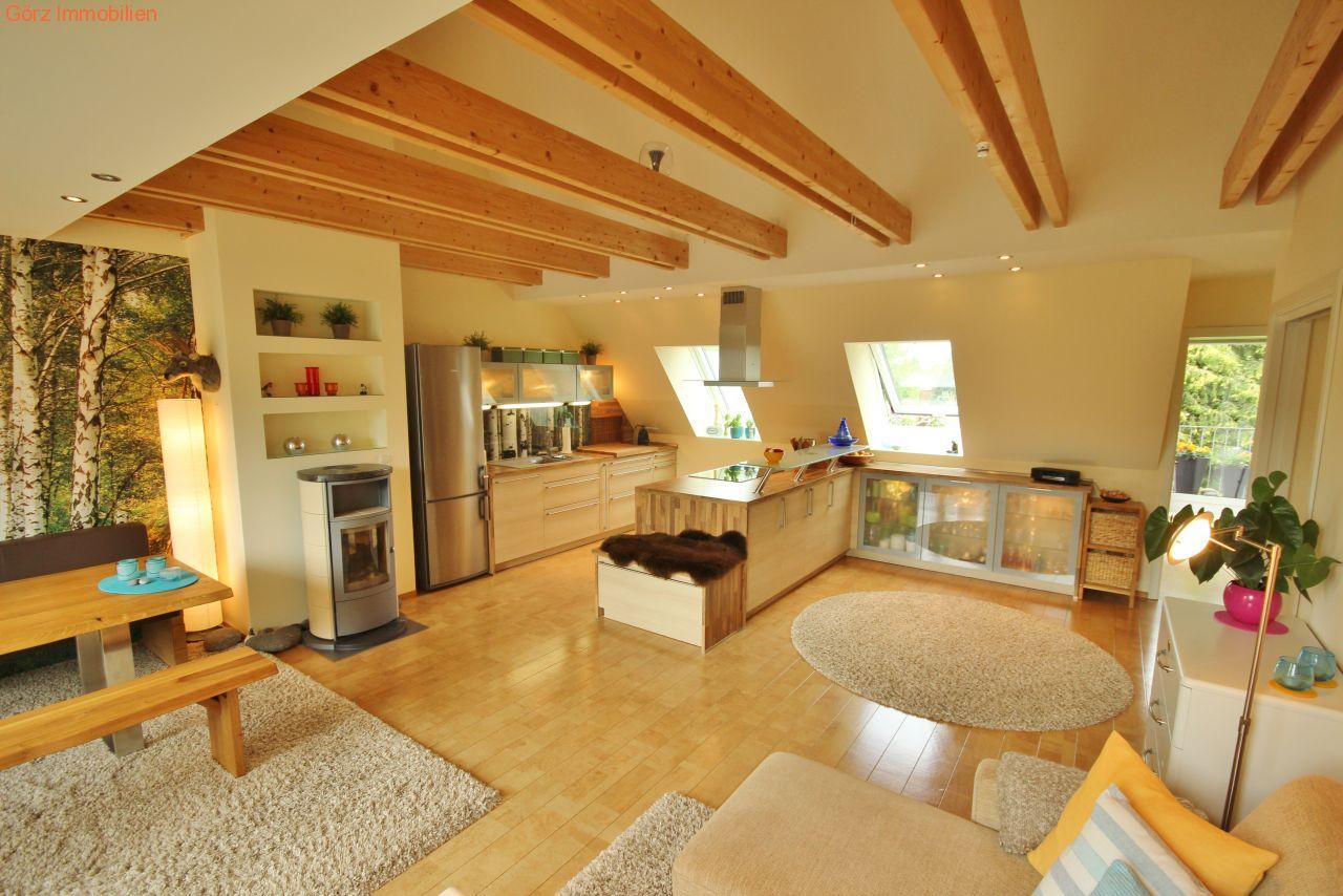 penthouse am volksdorfer wald mit aufzug in die wohnung. Black Bedroom Furniture Sets. Home Design Ideas