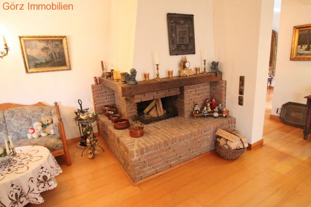 wohnzimmer kamin kaufen: Prisdorf Pinneberg kaufen großes Grundstück Kamin Einliegerwohnung