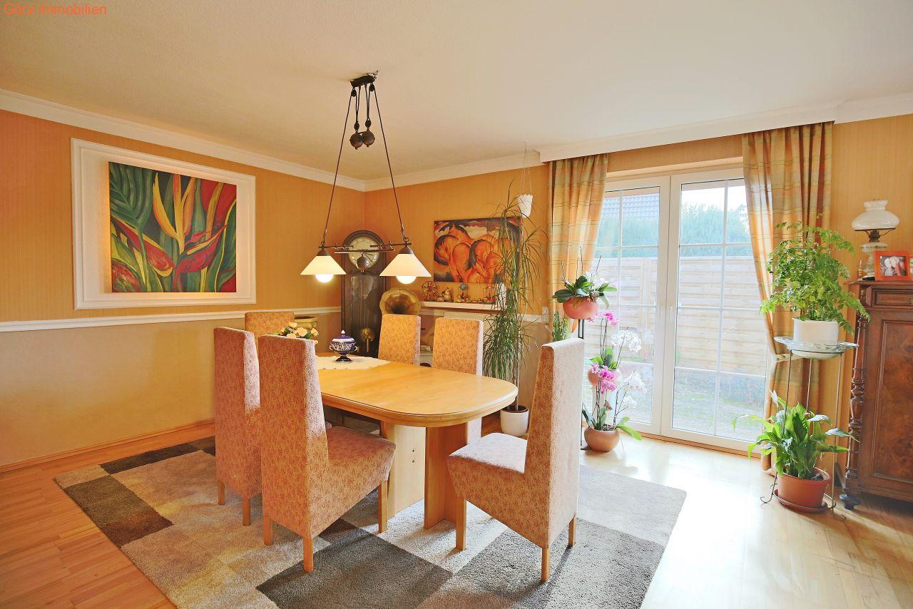 immobilienangebote rellingen verkauft wohlf hl bungalow mit gro z gigem schnitt und kamin. Black Bedroom Furniture Sets. Home Design Ideas