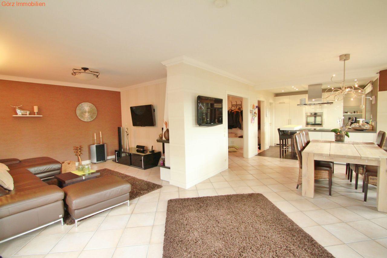 helles wohnzimmer mit fernsehecke - Wohnzimmer Kamin Kaufen