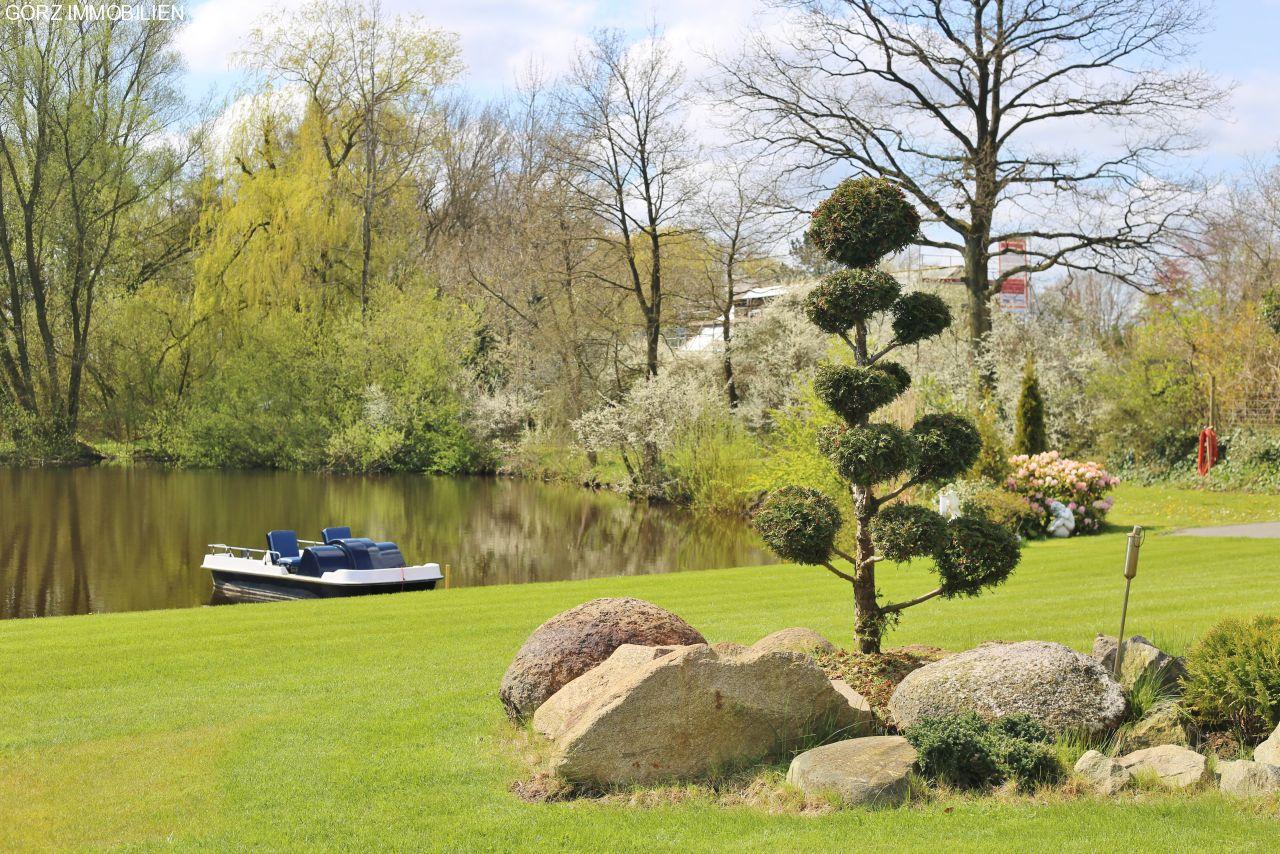 Villa hitzhusen blankenese von bad bramstedt for Exklusive gartengestaltung