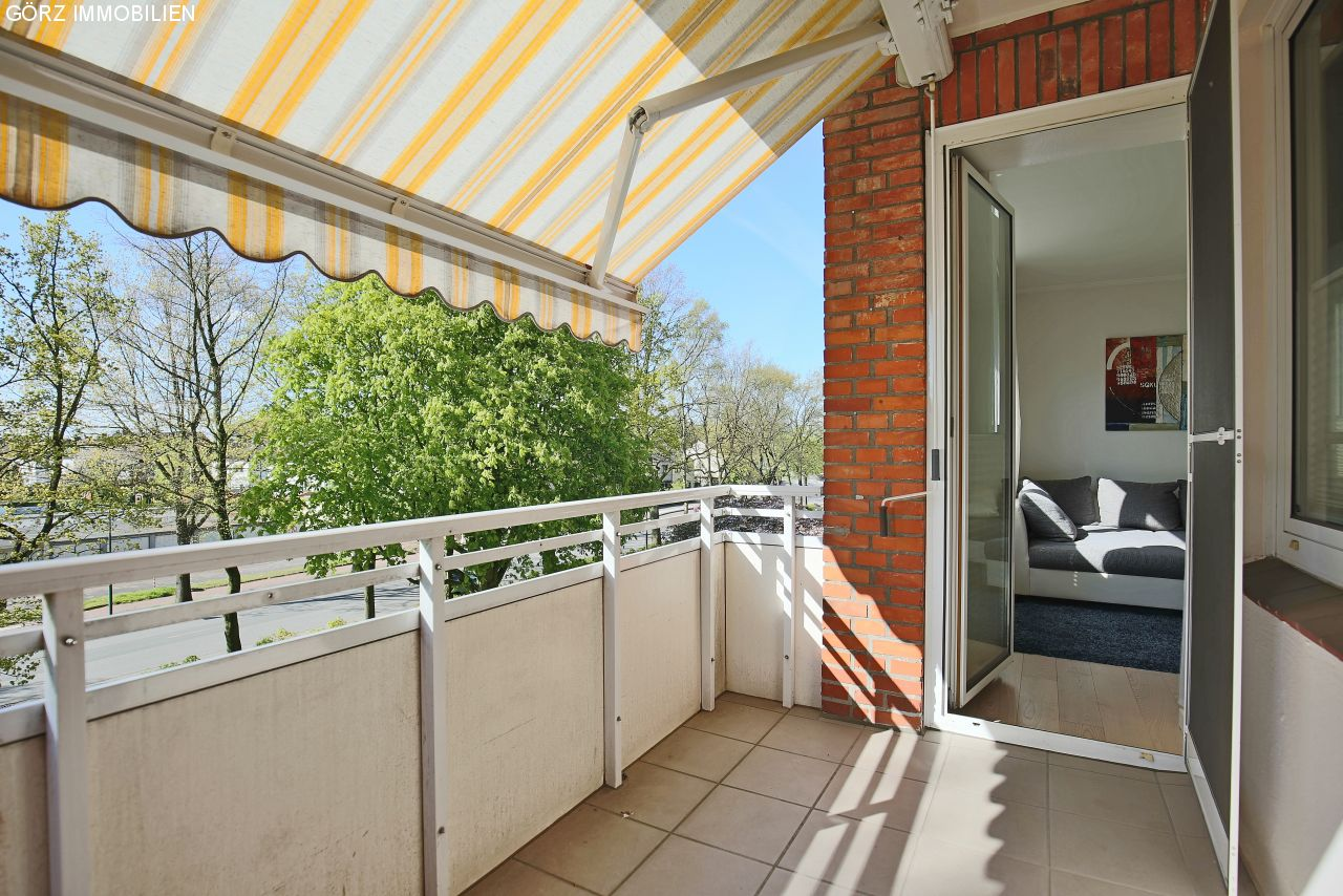 Markise Balkon Excellent Awnings For Balconies And
