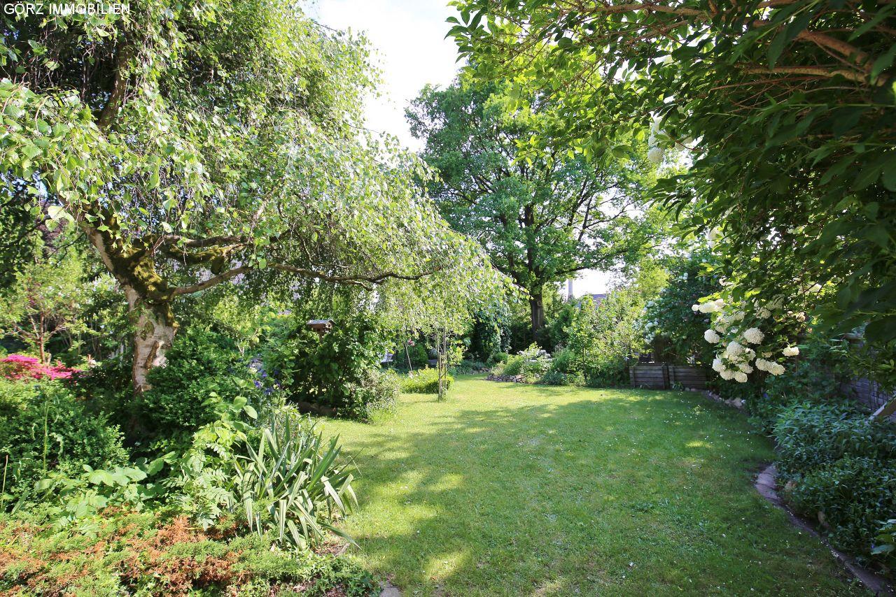 Wunderbar Gartentraum Sammlung Von Bangkirai Terrasse; Blick In Den (traum-)garten
